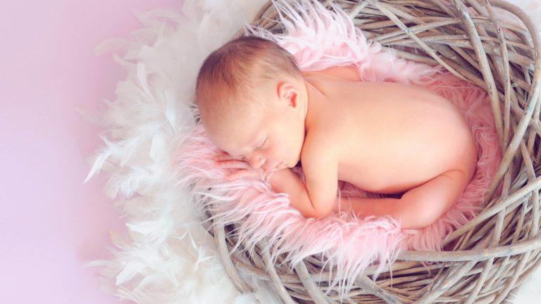 Importancia de las nanas en el desarrollo del bebé